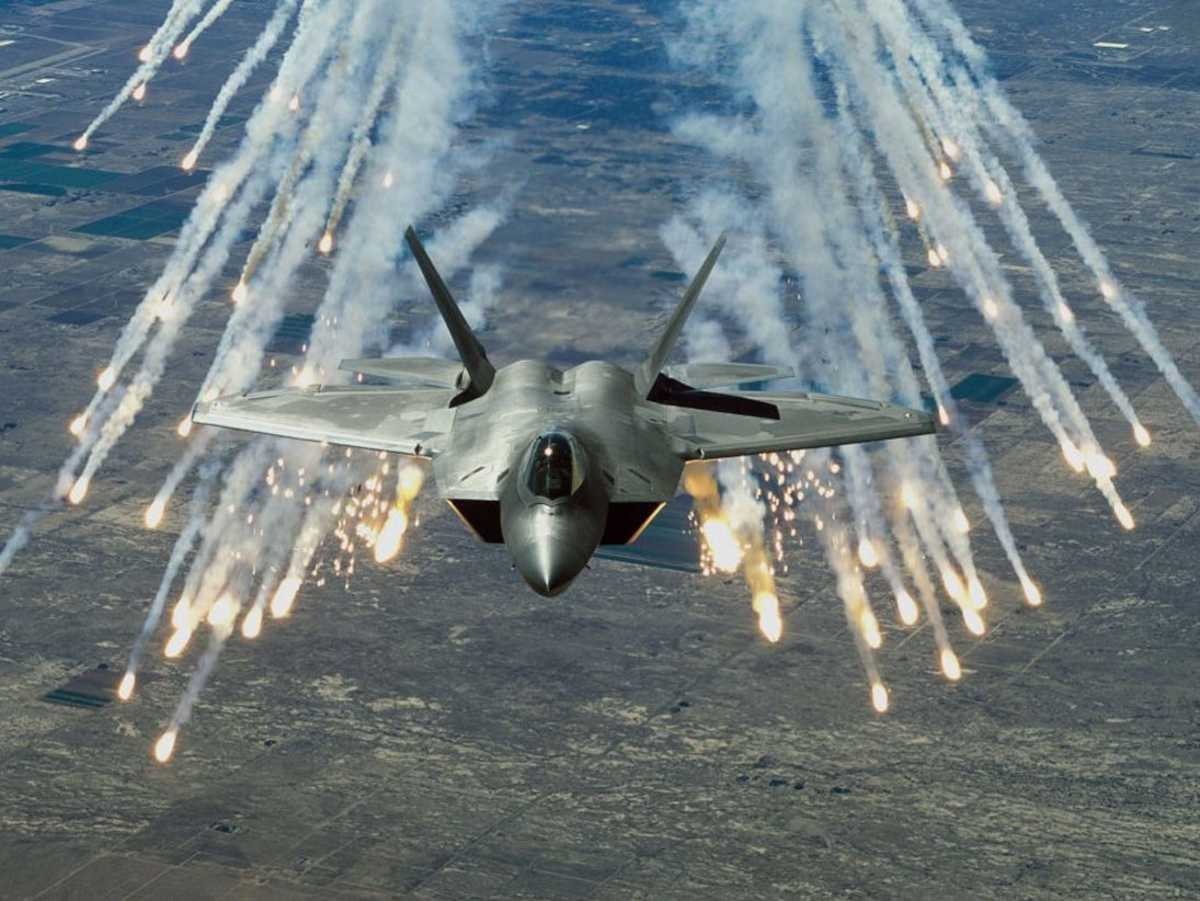 An F-22 Raptor, the U.S. Fifth-Generation champion.