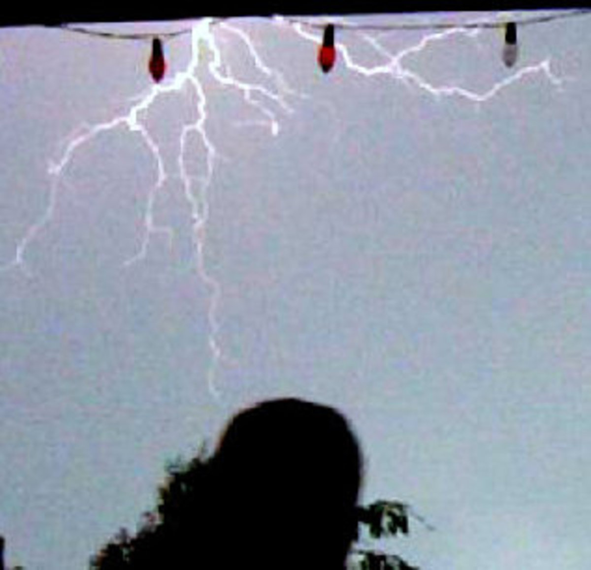 Can Lightning Strike Twice in the Same Place? Yes It Can
