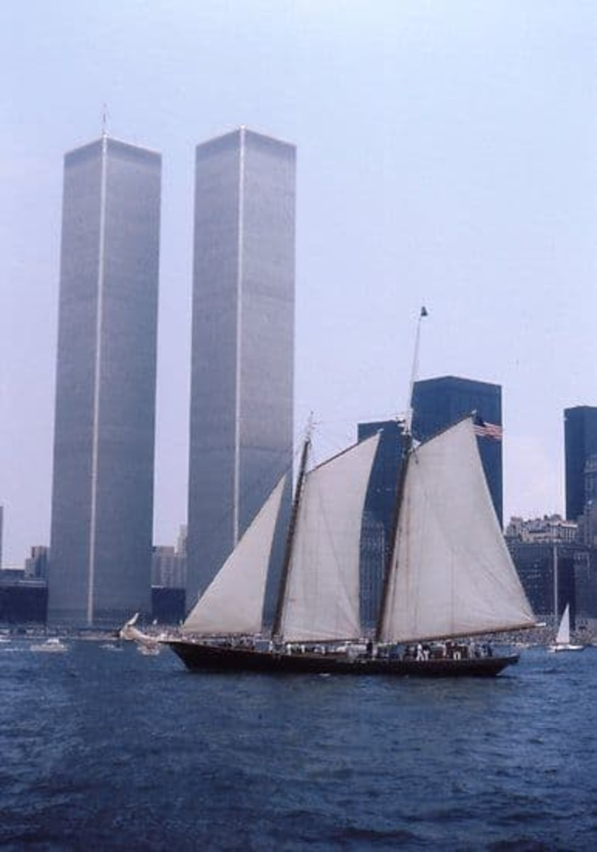 Other celebrations were taking place, all across America. Parade of Sail - New York - July 4th 1976
