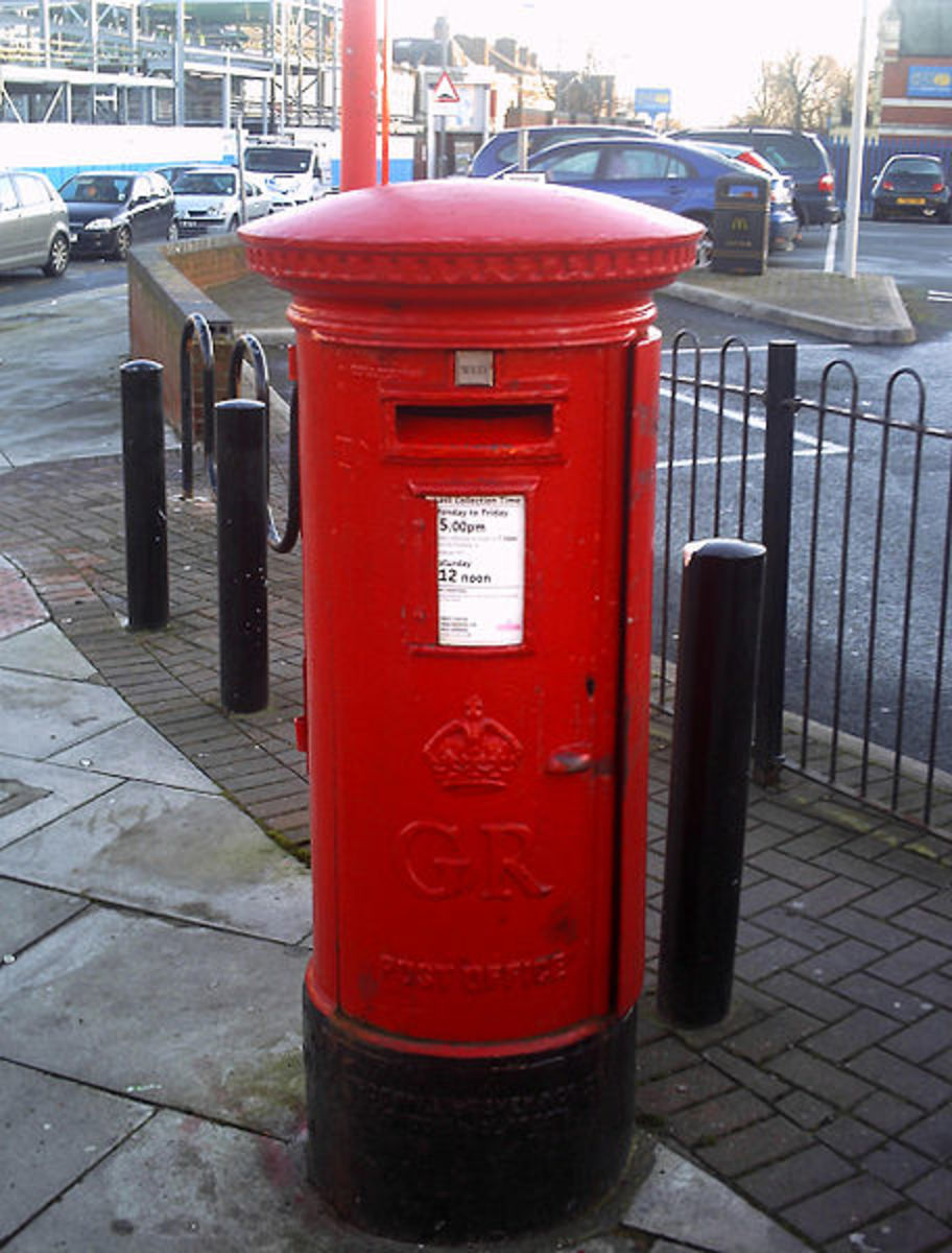 Antique Post Boxes: George IV Post box.    CC-SA-3.0