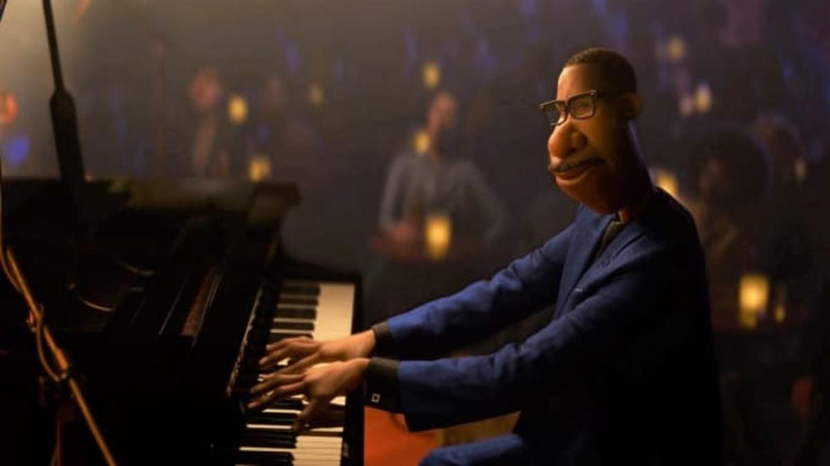 Joe playing the piano