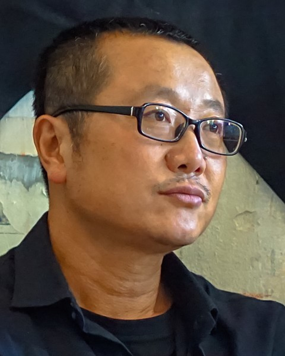 Can a writer like Cixin Liu just be a storyteller, without having to subscribe to the correct political opinions?