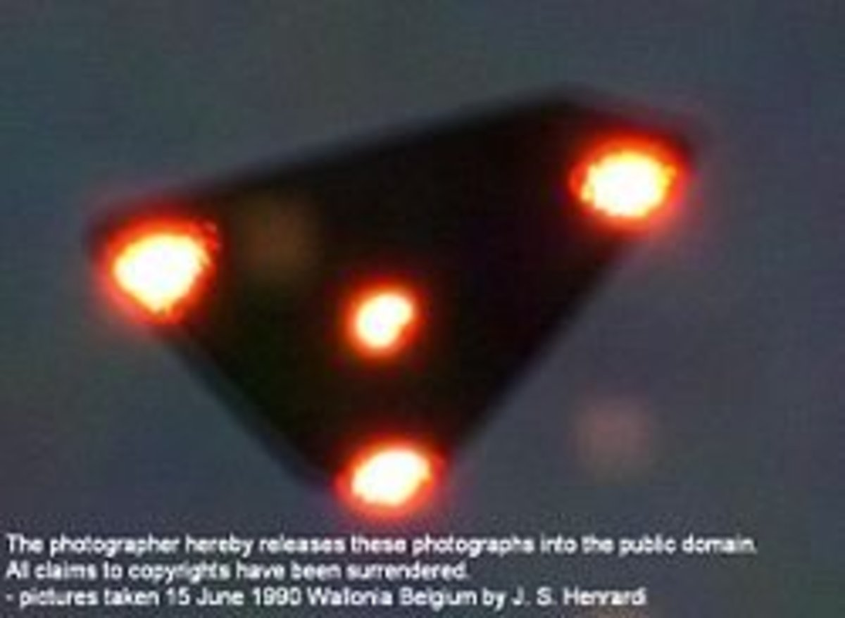 Black Triangle Belgian UFO 1990