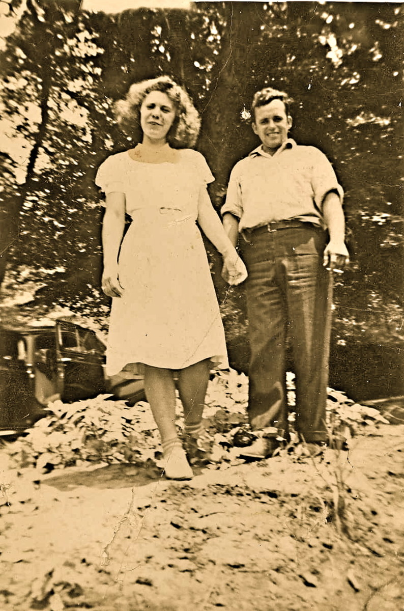The summer of 1940 Francie visited Kingwood and their friendship turned to romance.