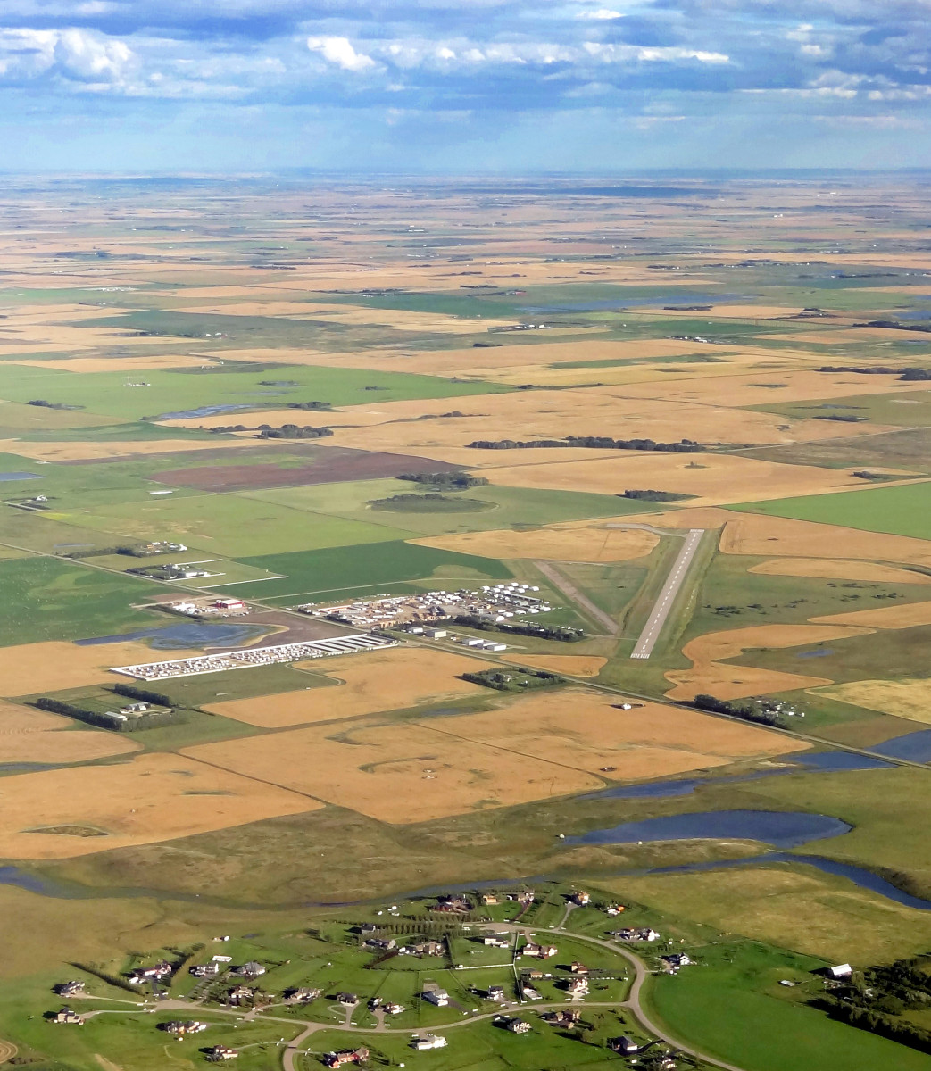 Airdrie Airport is located about 20km NNE of Calgary Airport in Alberta, Canada