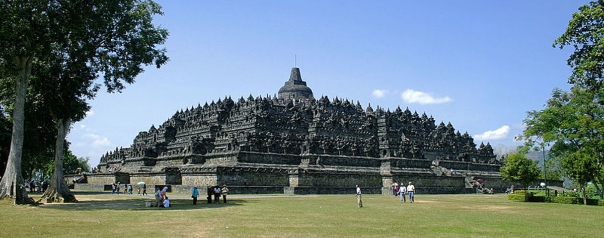 Temple that build that shown india influence in Indonesia