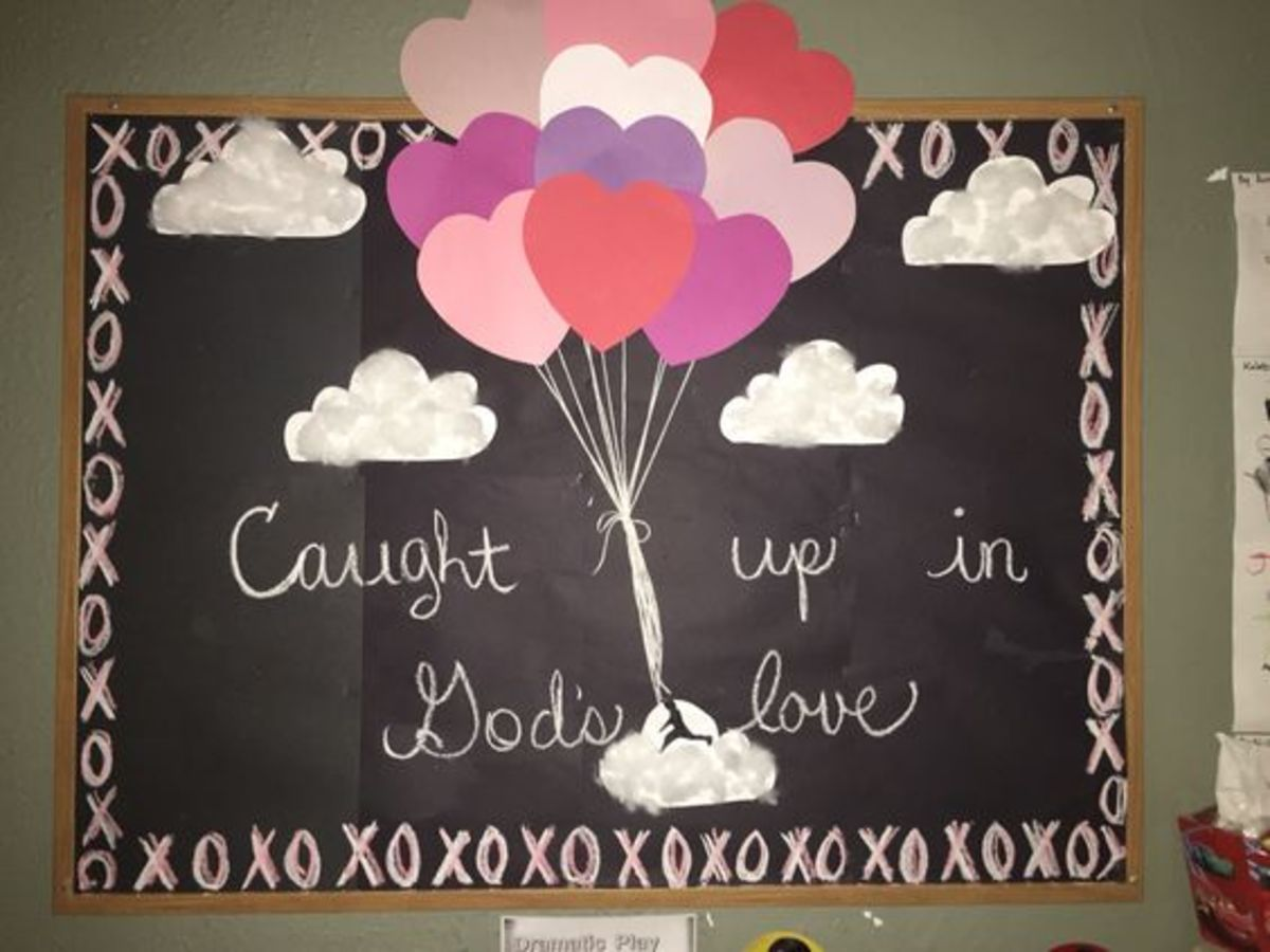 valentines-day-bulletin-board-ideas