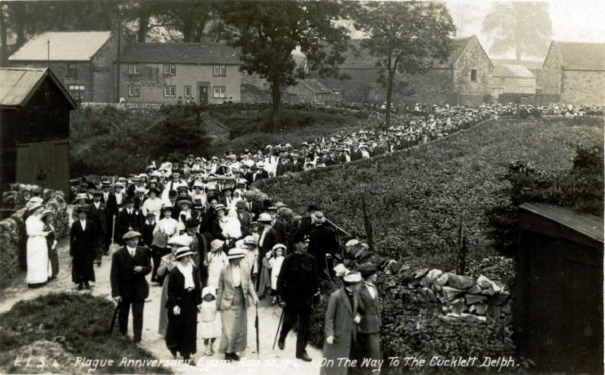 Plague anniversary Eyam August 30th 1914 On the way to the Cucklett Delph