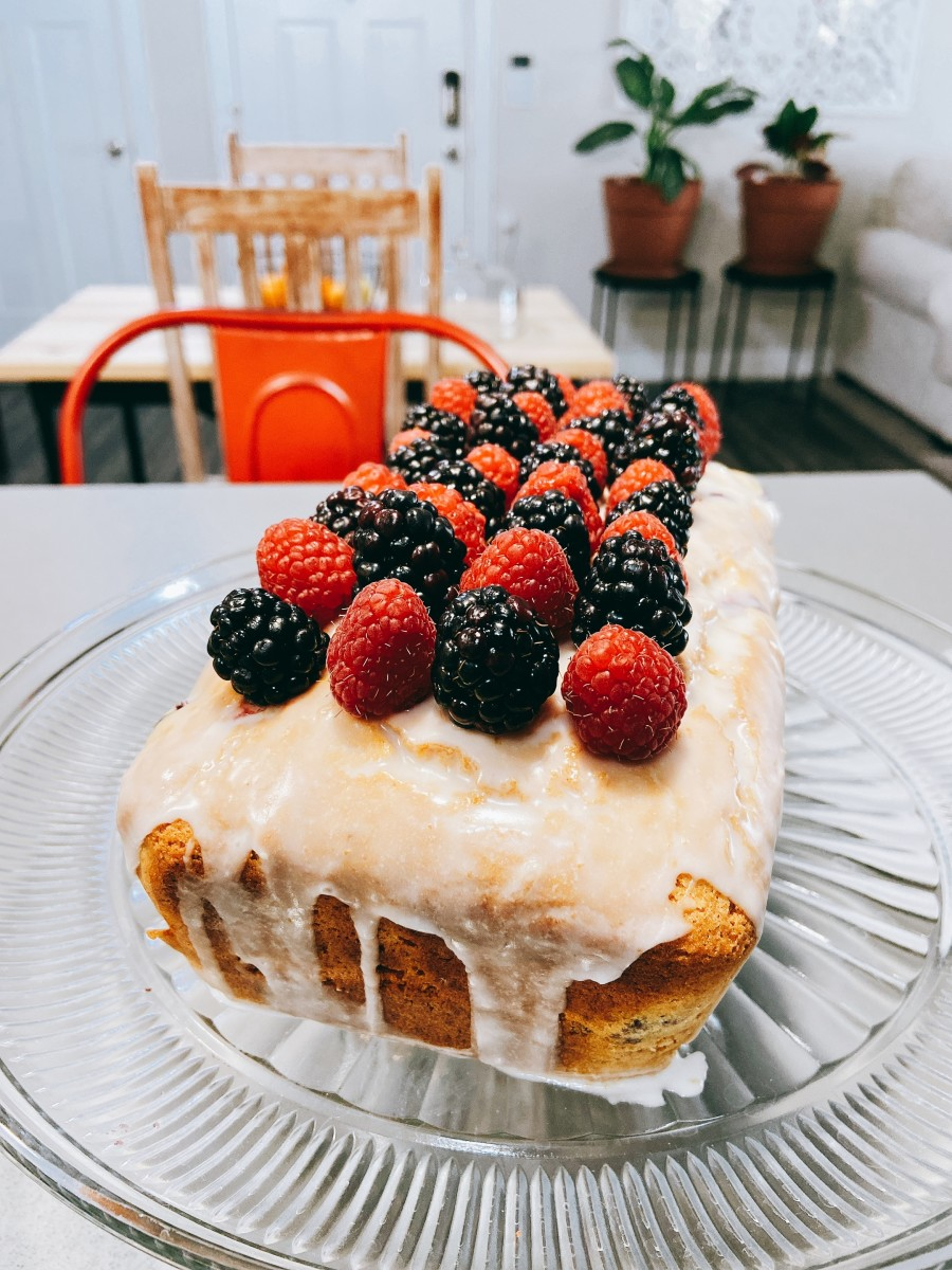 I used fresh raspberries and blackberries to decorate my lemon loaf.