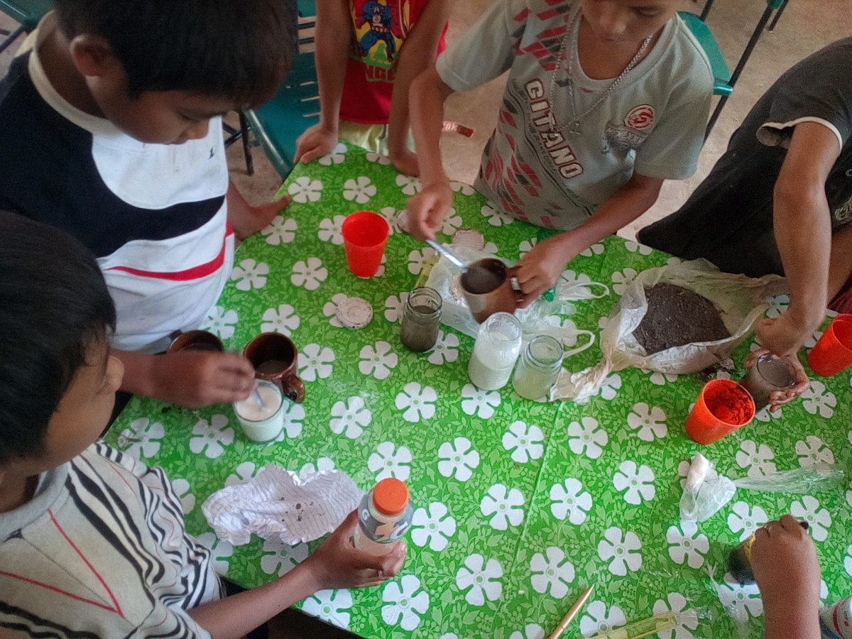 the-importance-of-playing-with-creative-and-imaginative-play-materials-for-children