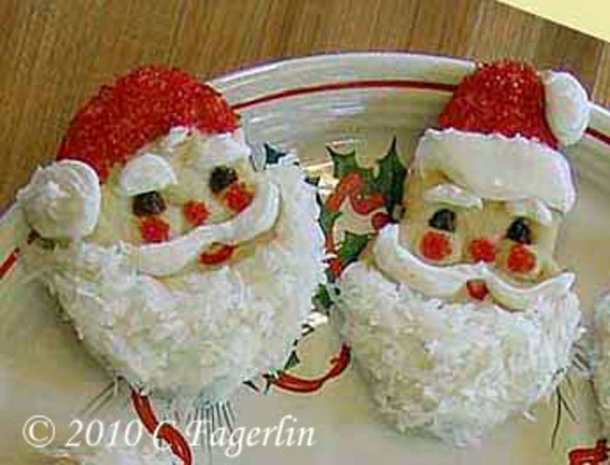 The Cook in Me: Here Comes Santa Claus Sugar Cookies!©