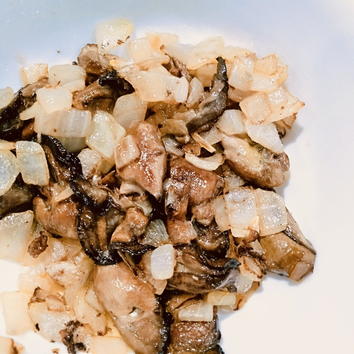 Stir-fried smoked oysters