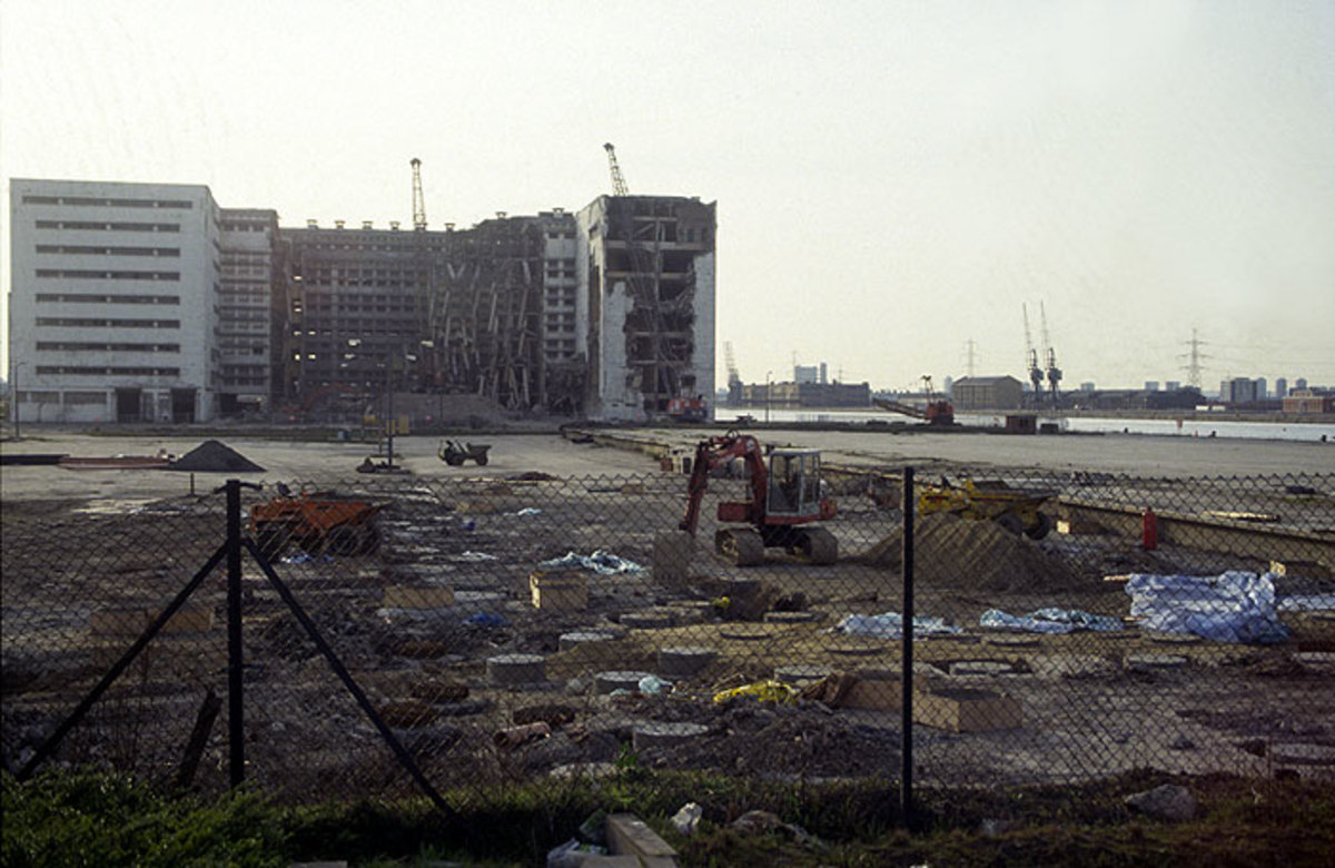 London Docklands before regeneration and urban renewal