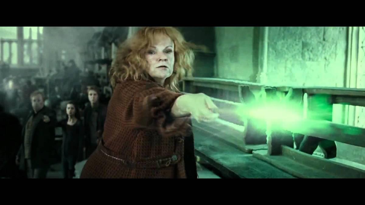 Molly Weasley dueling