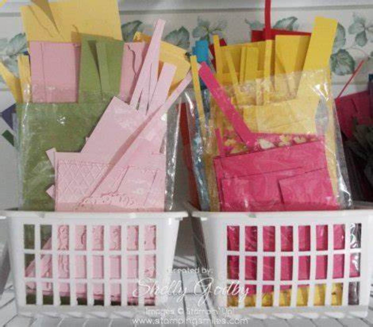 Cellophane or zip lock bags make perfect storage for all those little scraps that you want to keep