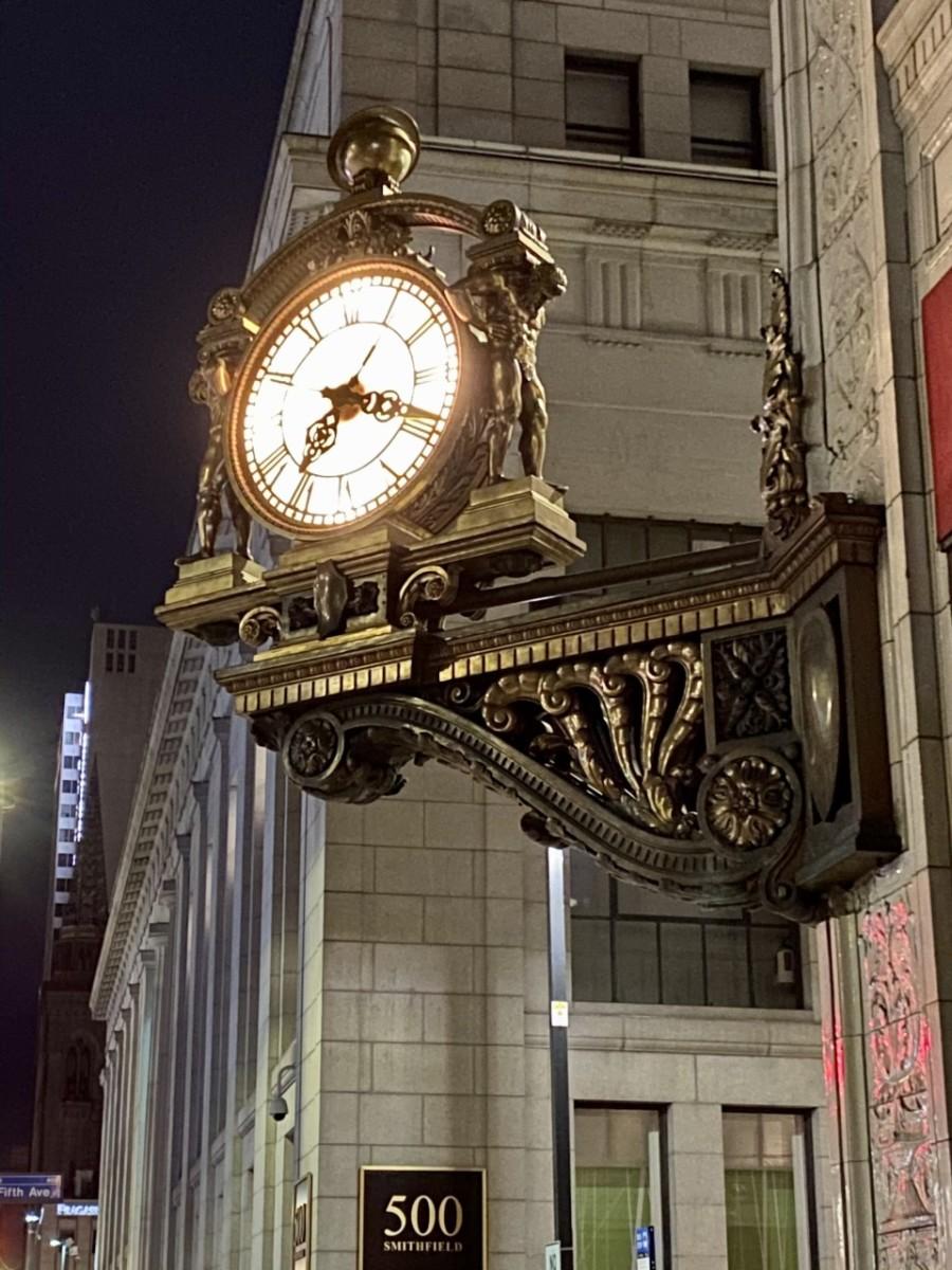 Kaufmann's Clock