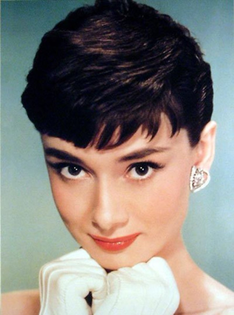 Audrey Hepburn sported heavy, thick brows.