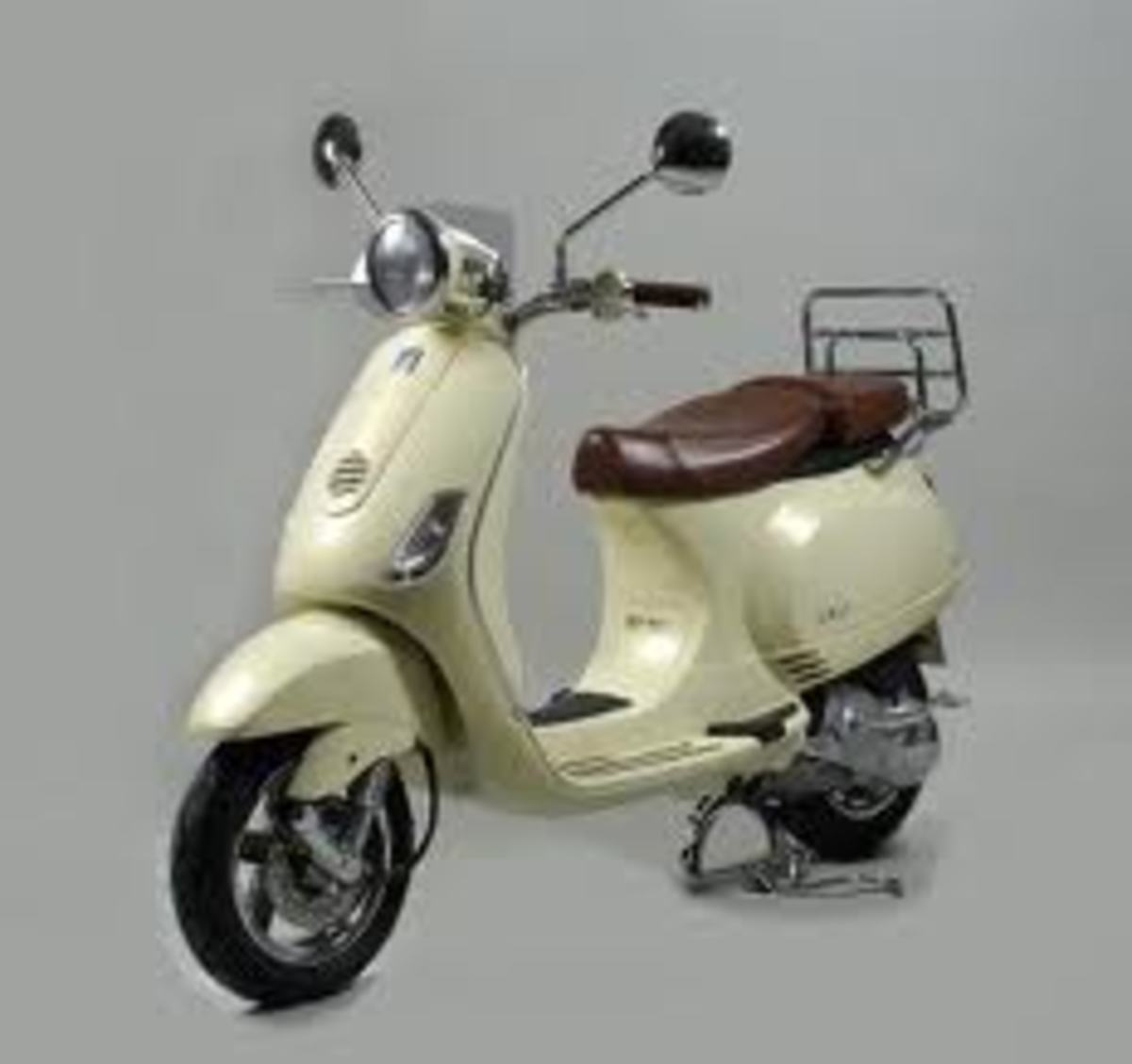 The Italian Vespa..a classic Mod accessory