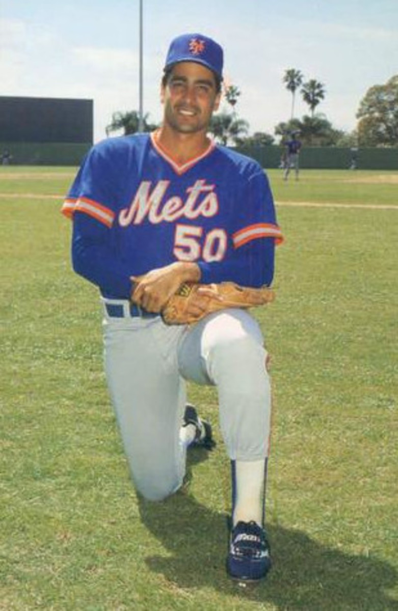 Sid Fernandez had a lethal combination: he didn't allow many hits and he struck out a lot of batters.