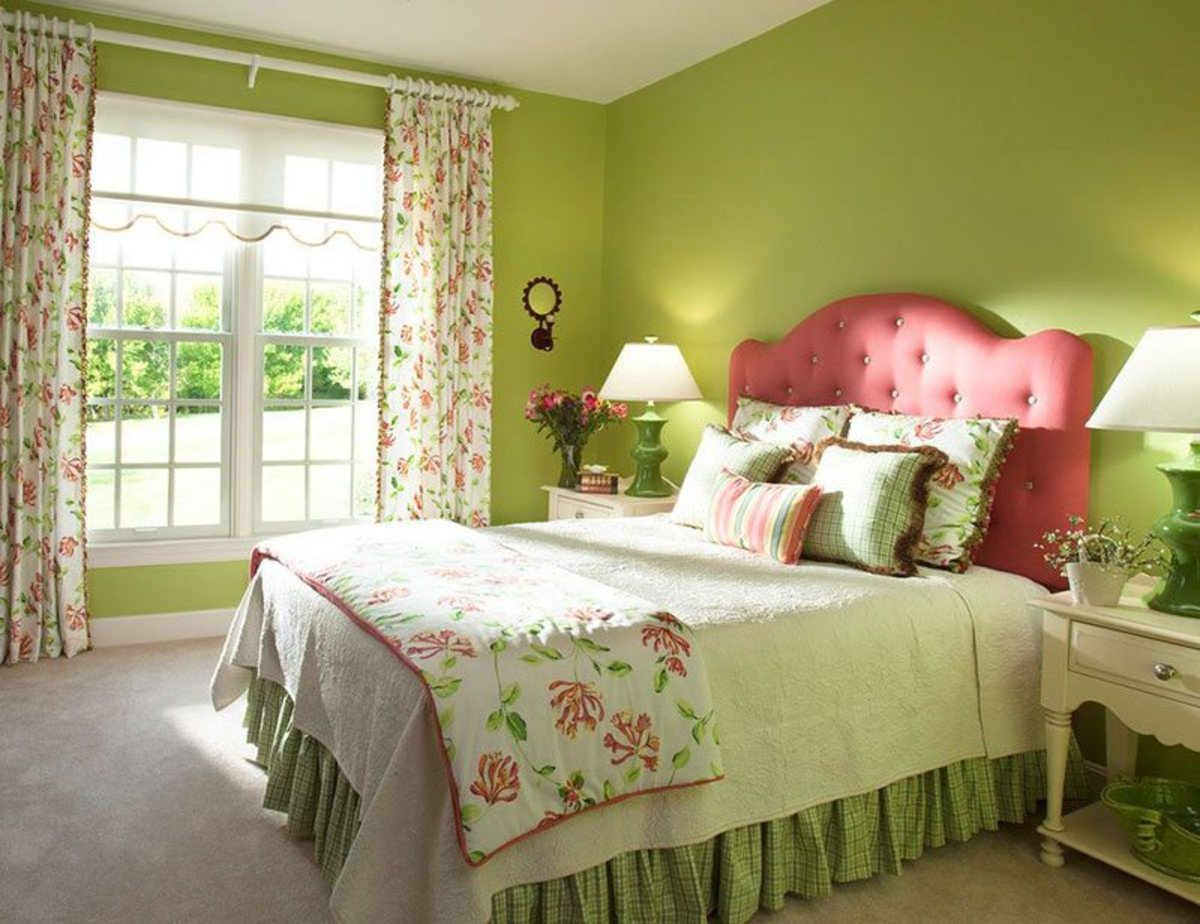 Taurus bedrooms should use happy colors. Pink and green are both great choices.