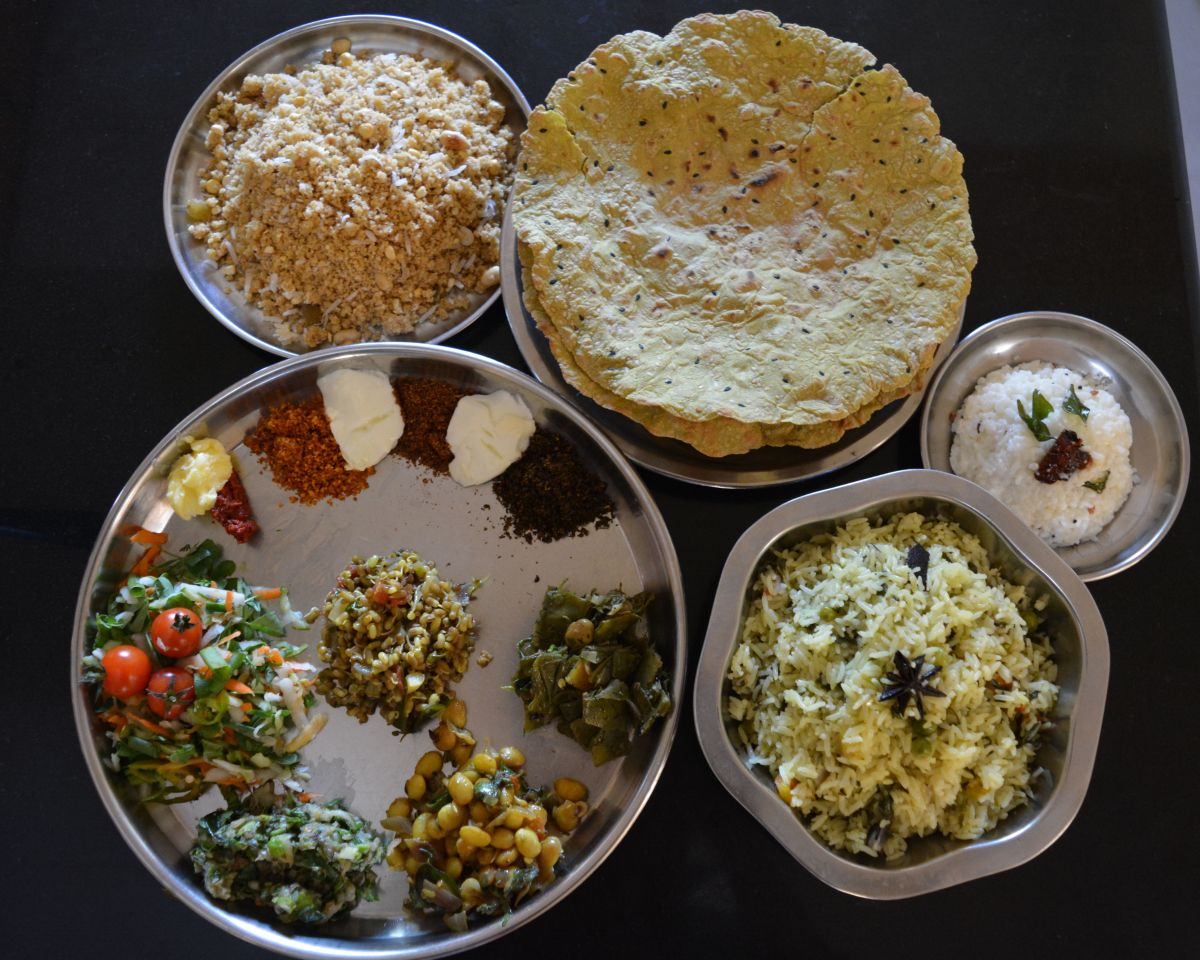 tradition food cooked in Karnataka for Makar Sankranti