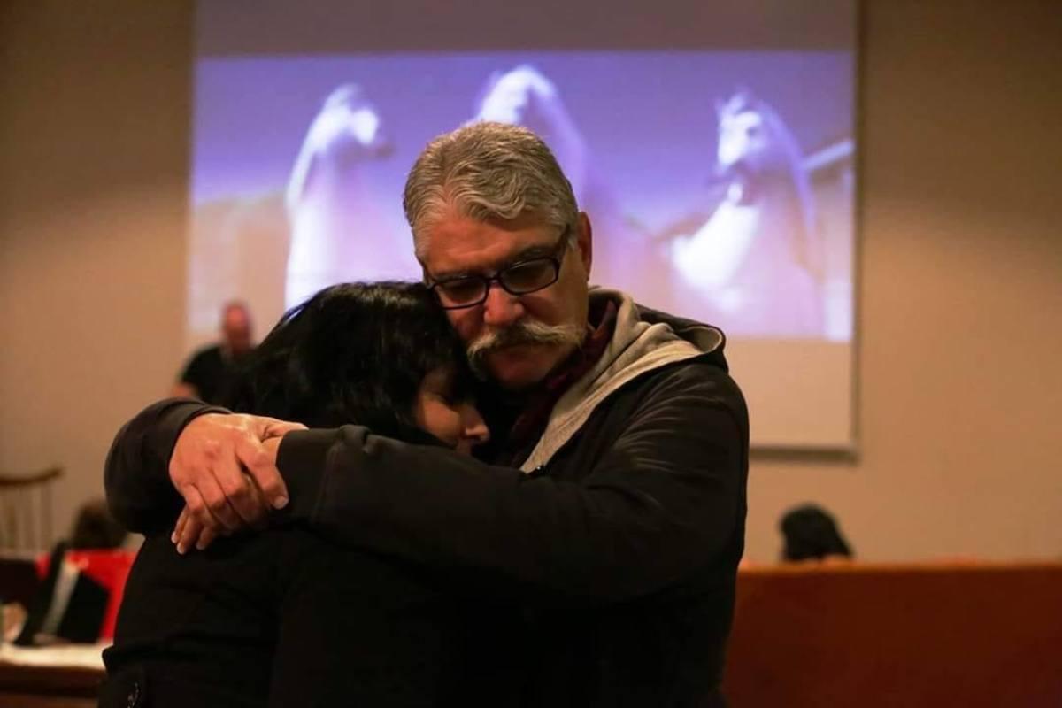 thankfulness-project-hugs