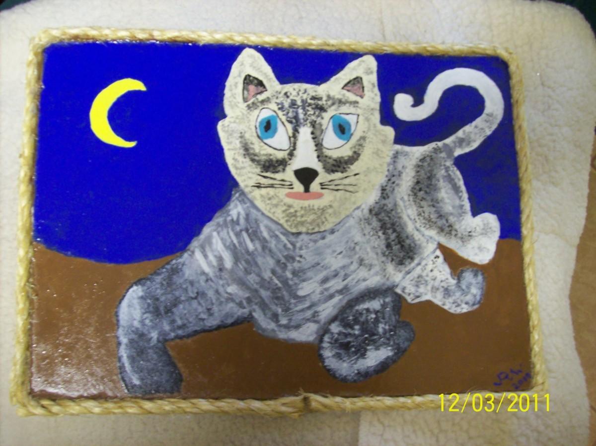 A hangar for folkart cat