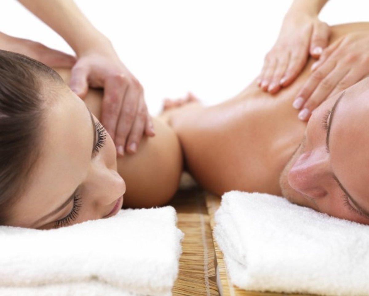 If you call a masseur home, you won't have to pay the exorbitant rates that spas usually charge.