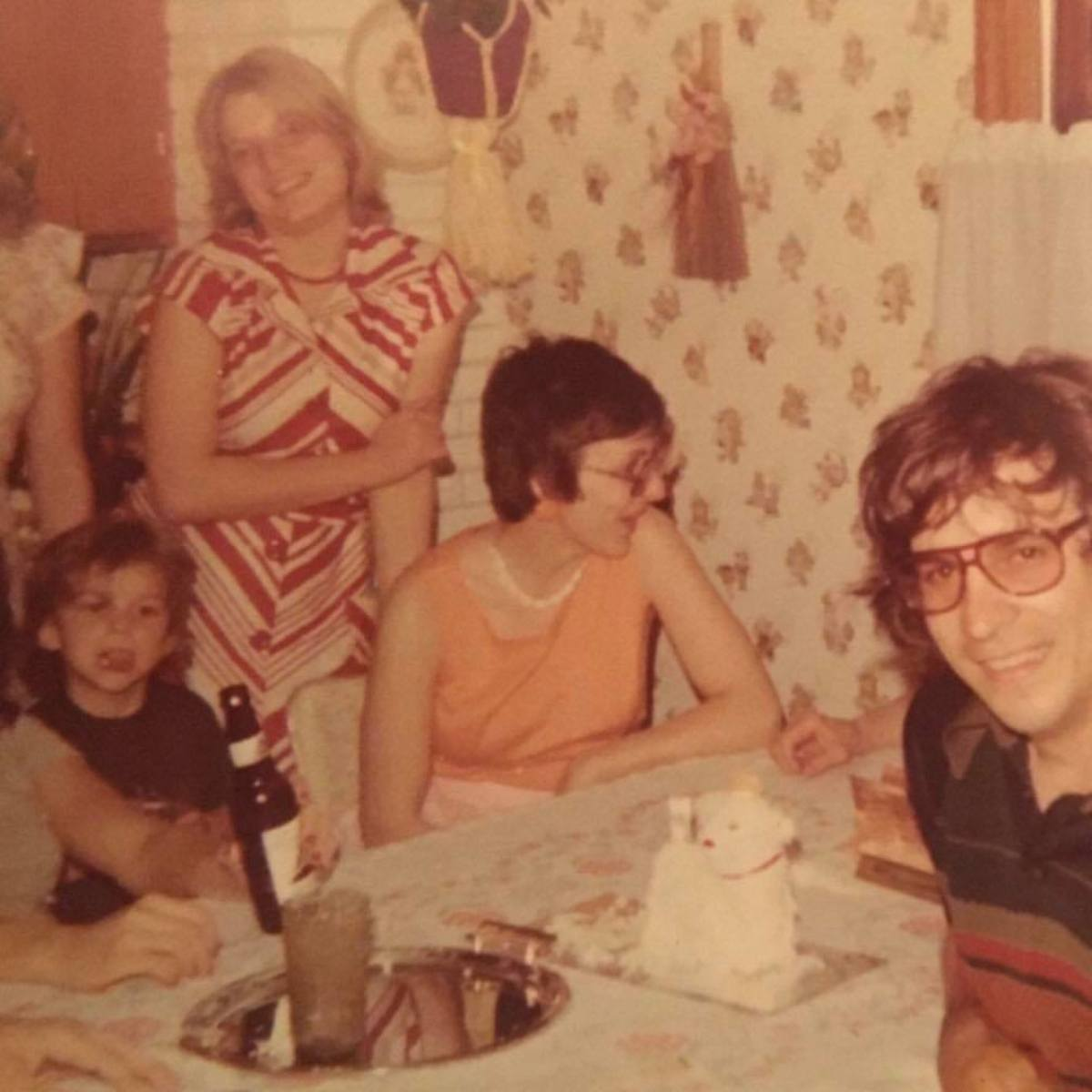 Here's a photo of my dad, my aunts and I in the late 1970s. This is the look my dad rocked back when we built our robot.