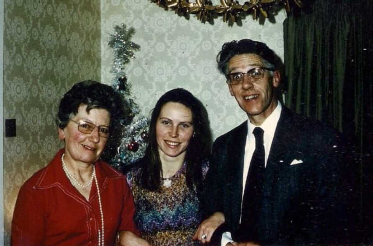 Dad, Mum and Me, Christmas 1974
