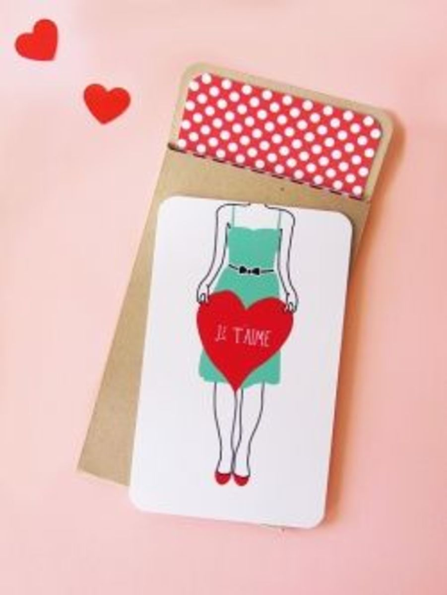 """Valentine's Day Card For Girls To Send  This Card Was Designed By Amy Moss And There's A Guy's Version Too.  Find Both Of These Cute As Can Be """"DIY 'JE T'AIME' MINI CARD SETS"""" Sets At http://www.eatdrinkchic.com/post.cfm/diy-je-t-aime-mini-card-sets"""