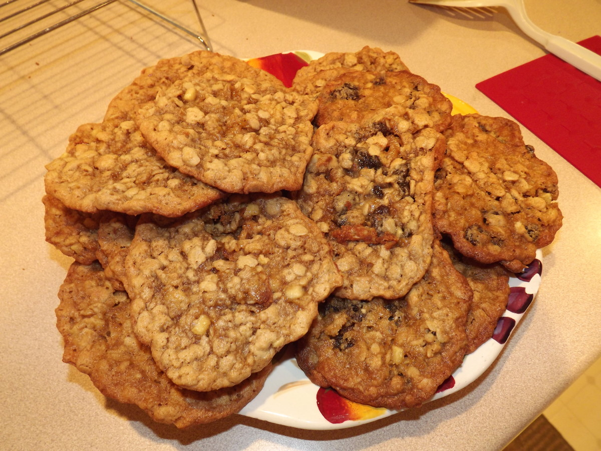 Finished peanut butter and apple oatmeal raisin cookies.