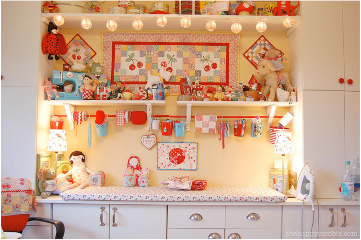 Such a cozy space for sewing activities, complete with ornaments and bunting.