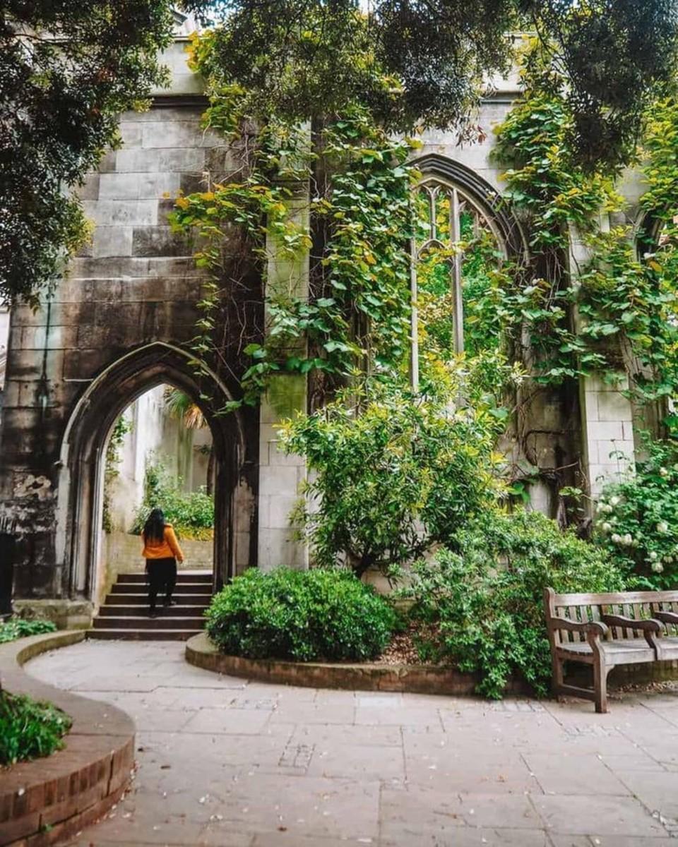 Saint Dunstan in the East Church
