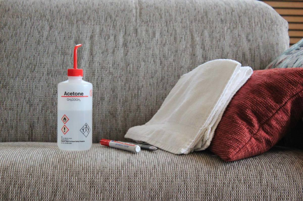 Look for textures that are nubby or woven that are clean stains. Fabrics are velour and synthetic pile upholstery.