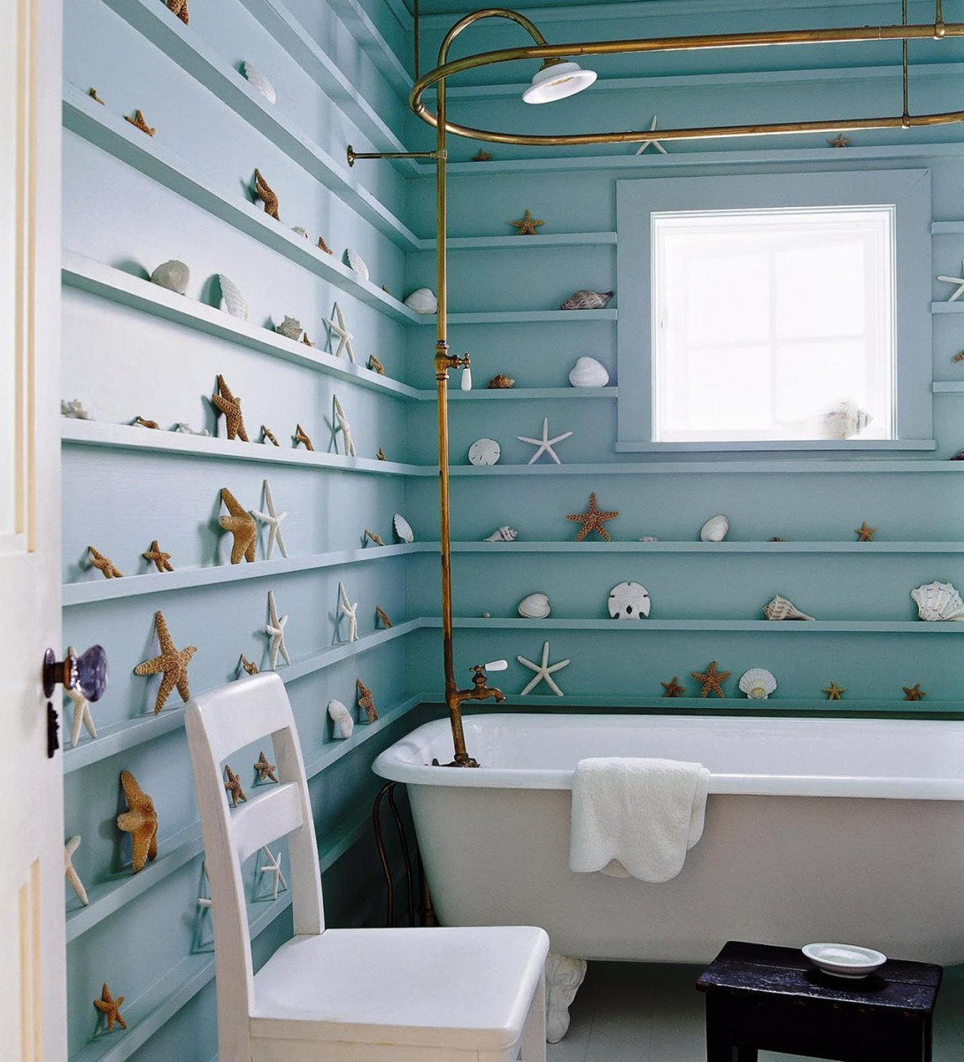 Cancer needs shelves to hide treasures. The bathroom should amp up the water and metal energy from Feng Shui.