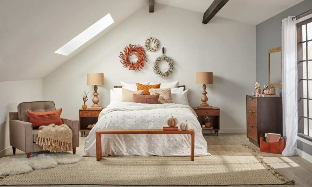 Libra's bedroom can be fall themed all year long.