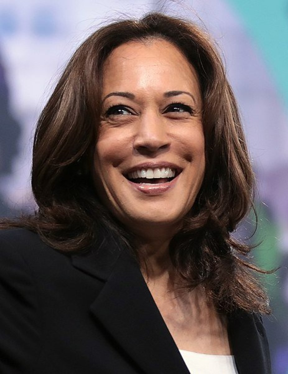 Kamala Harris With Three Luxury Houses Is Getting New Address