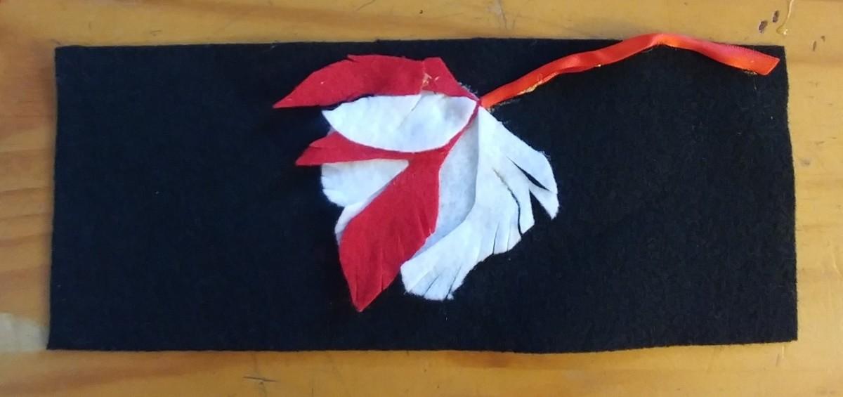 Then glue stem on the felt, beginning at top of Tulip.