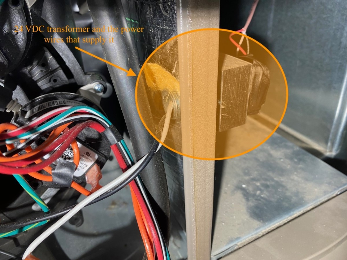 Close up of how the power wires run to the transformer