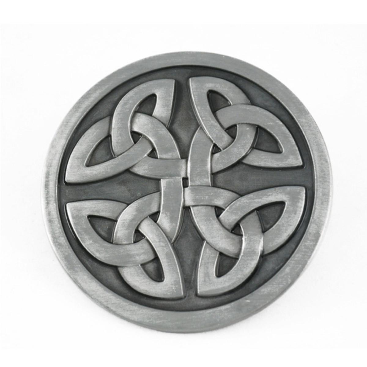 Celtic Mystic Circle or Triquetra