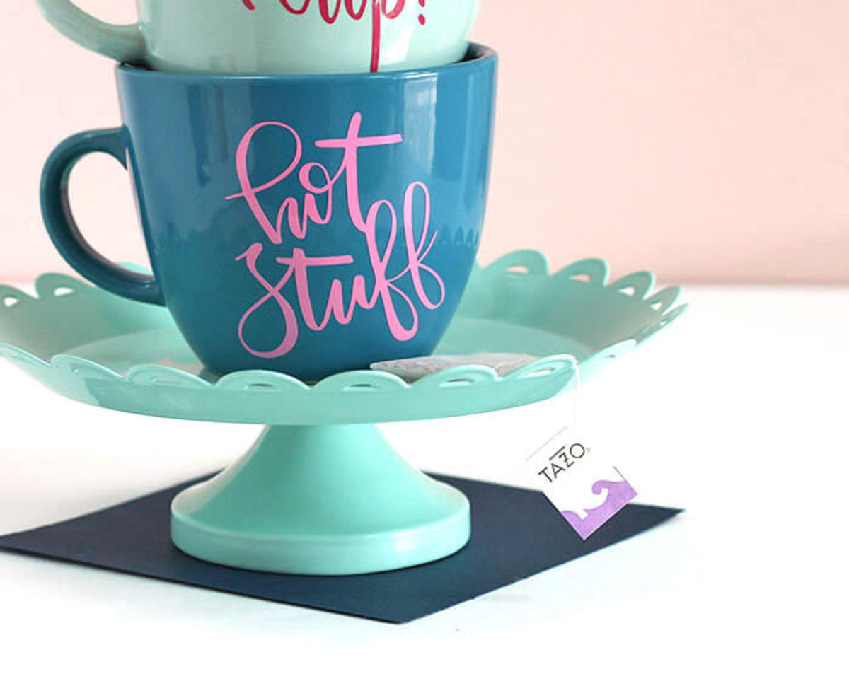 Personalize all your mugs and cups. Her is how.