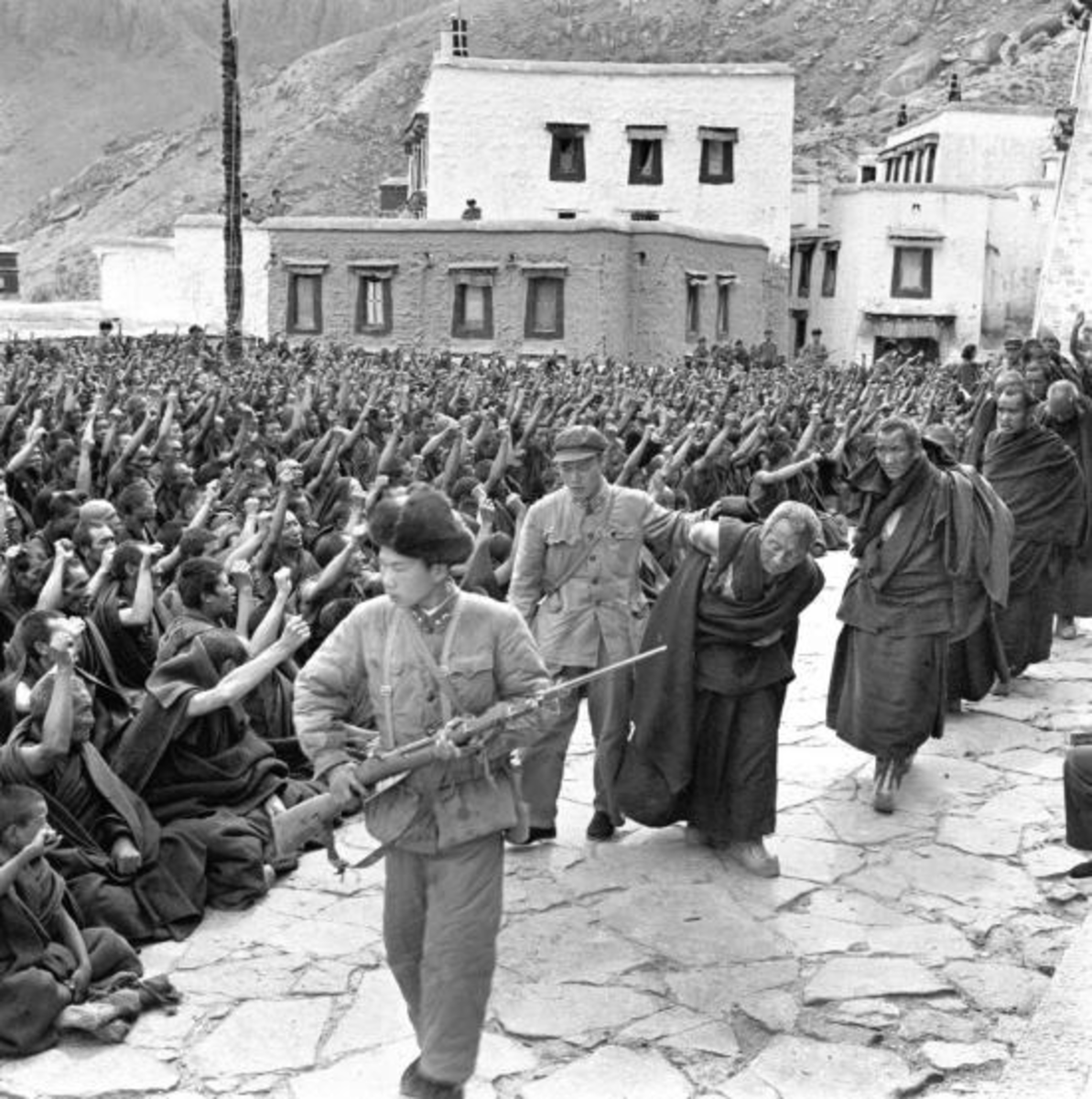 Chinese atrocities