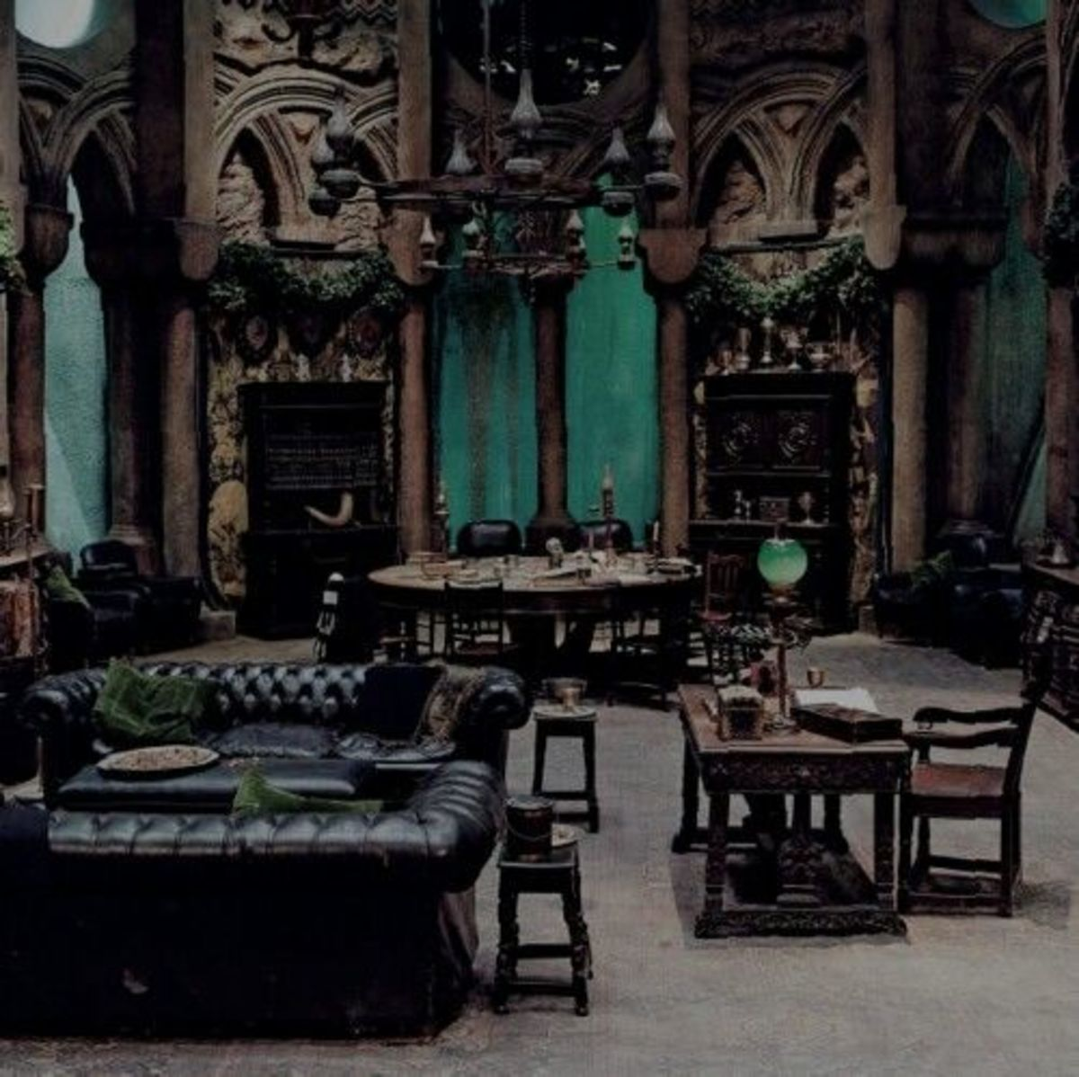 A Scorpio living room should be serious from the moment you walk into the room. Gothic and Victorian features are welcome.