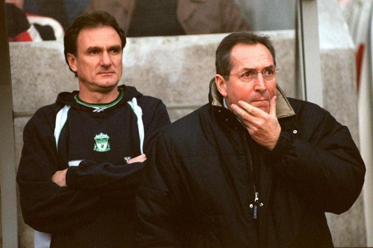 Phil Thompson (Left) during a match, with Gerard Houllier (Right).