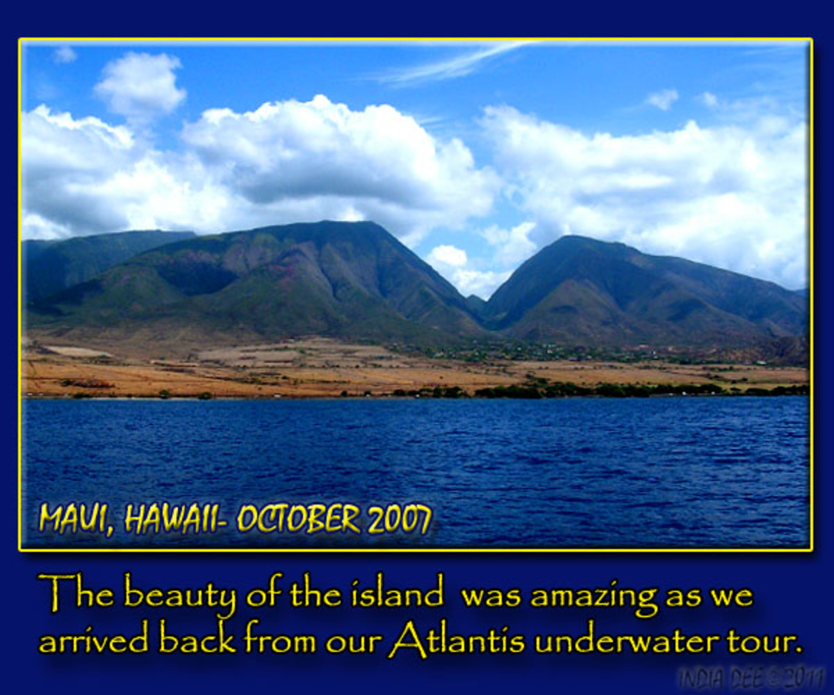 The wonderfully recognizable saddle of Maui island was an everlasting image as we viewed it from aboard the taxi boat coming in from the Atlantis underwater tour.