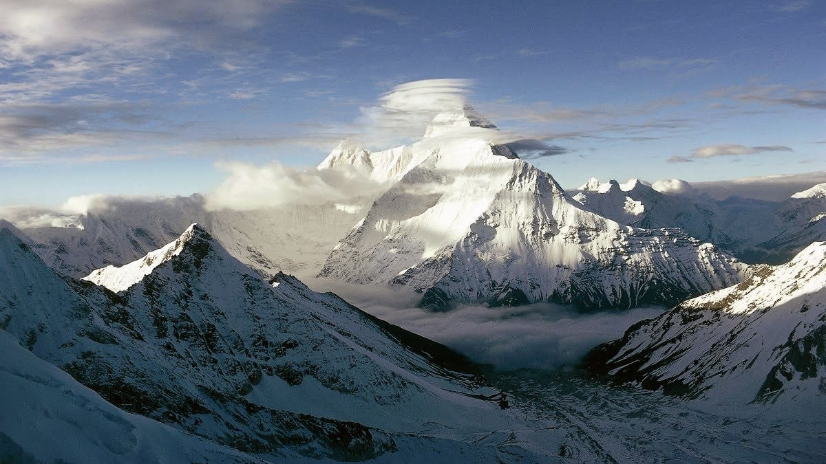 How CIA Lost a Dangerous Nuclear Device in the Himalayas