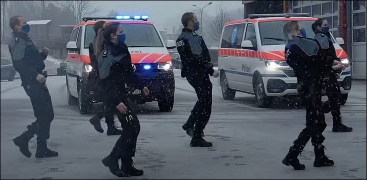 African Song Jerusalema Went Viral Around the World (the Police Did a Dance Challenge. )