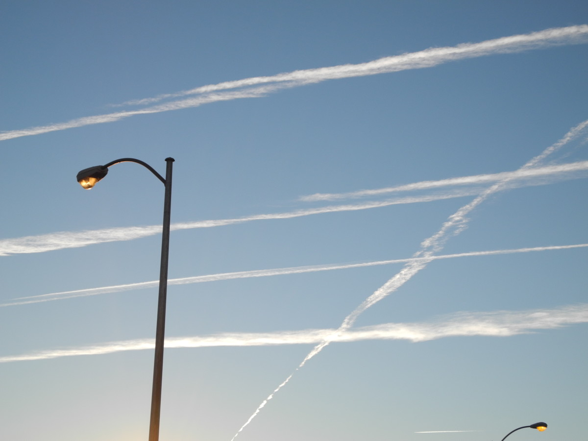 (Phase 2) The Pencil Thin Lines begin to morph quickly into wider streams of Chemtrails... similar to how one of those thin sponges starts expanding when exposed to water... it continues to grow- and morph into a much LARGER Cloud Formation.