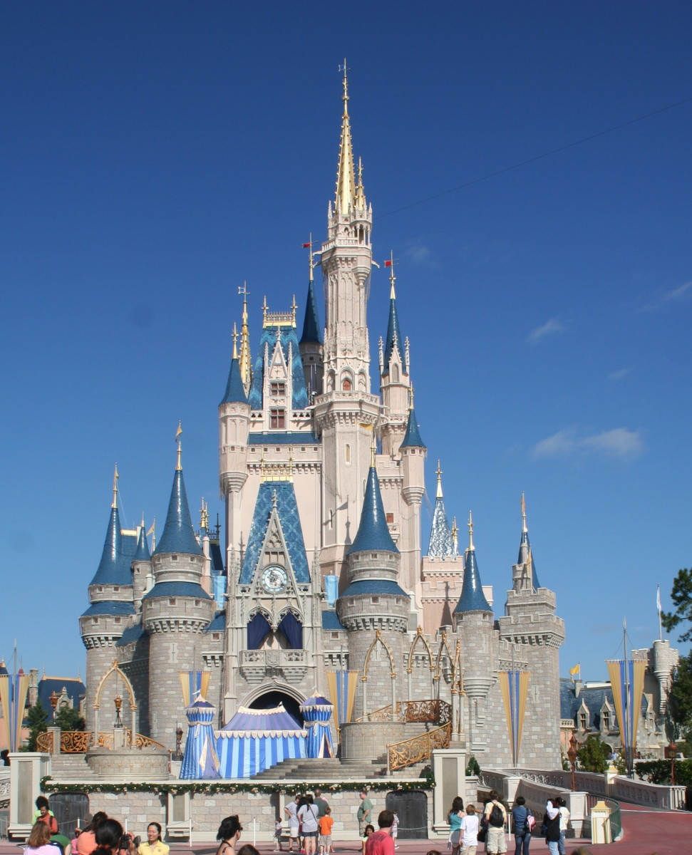Can you eat like a king (or princess) and still dine cheaply at Disney?